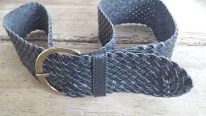 geflochtener Ledergürtel mit silberfarbigen Schnalle, schwarzLänge: