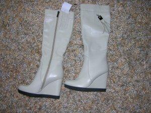 Gefütterte Stiefel von Rosa Rot in Off-White, Gr. 38, UVP: 285€