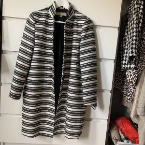 Fenn Wright Manson Short Coat black-white