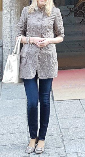 Madeleine Redingote marrone chiaro