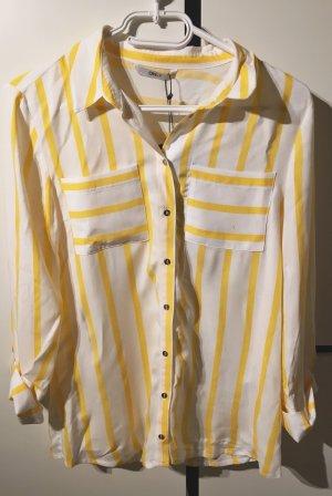 Gelb gestreifte Bluse mit silbernen Details