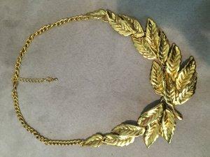 gelb-goldene Blätterkette