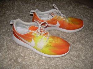 gelb-orange Nike Roshe Run in Gr. 42,5