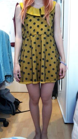 gelb schwarz gepunktetes Kleid