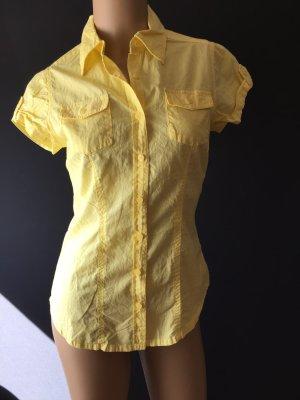 Gelbe Bluse ungetragen