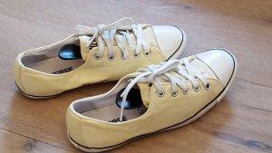 Gelbe converse All Star chucks in Größe 38 mit dünner Sohle