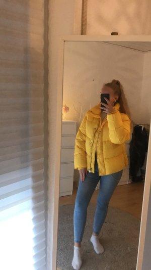 H&M Chaqueta de plumón amarillo