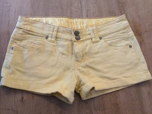 Gelbe Jeans Hot Pants