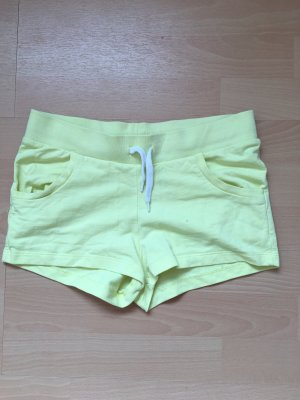 H&M Divided Sport Shorts yellow-pale yellow