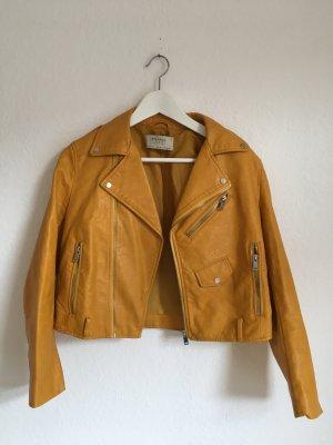Gelbe Lederjacke von Zara
