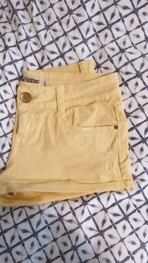 Gelbe Shorts von Zara in XS
