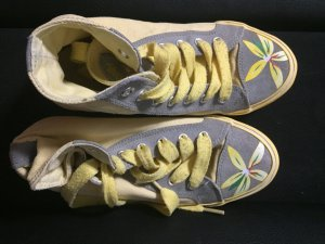 Gelbe sneaker von Wrangler