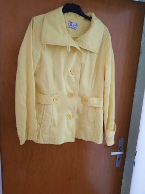 Chaqueta de marinero amarillo