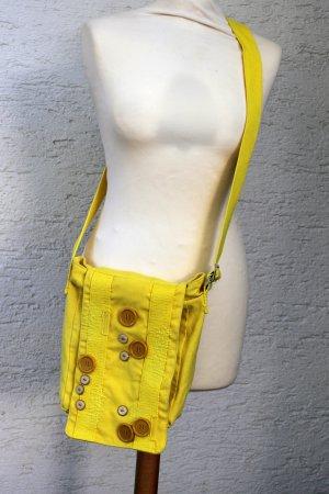 gelbe Umhängetasche Knöpfe
