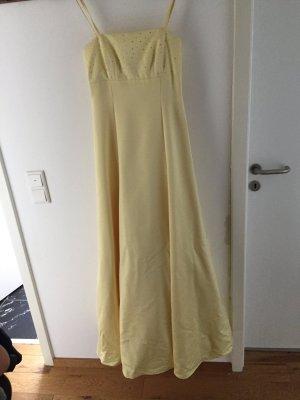 Gelben Abendkleid