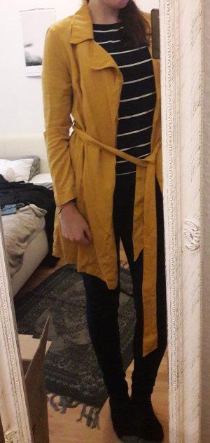 Gelber dünner Trench/Mantel