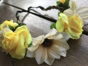 gelbes Blumen Haarband Blüte Blume Blumenband Dirndl Trachten Schmuck gelb hellgelb zart süß Hippie Bohemien Ibiza LOOK Coachella Woodstock Festival Kopfschmuck