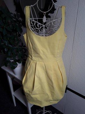 Zara vestido de globo amarillo