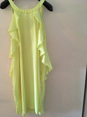 Gelbes Sommerkleidchen
