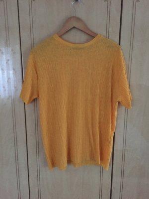 Gelbes Tshirt von Bershka