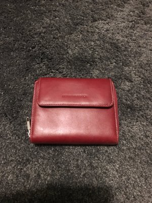 Geldbörse aus roten Leder von Mandarina Duck