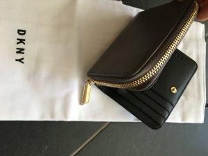 Geldbörse von DKNY taupe beige