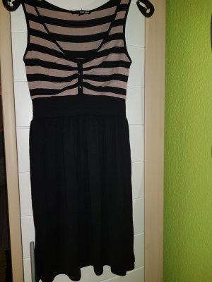 Gemütlich schickes Kleid