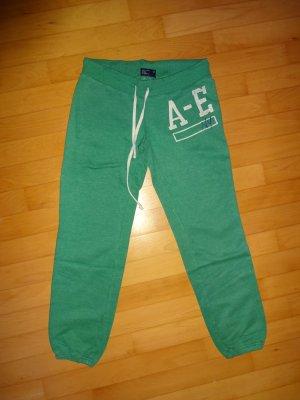 gemütliche Jogginghose in knallgrün