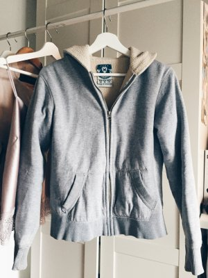 Gemütliche Sweatshirt Jacke grau Zara teddy
