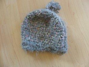Gemütliche und warme RUSTY Mütze
