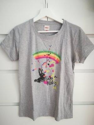 Gemütliches T-Shirt mit Neonaufdruck