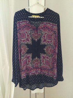Gemusterte Bluse in schwarz und lila