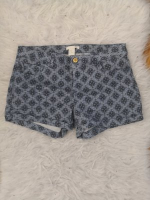 Gemusterte Hotpants von H&M