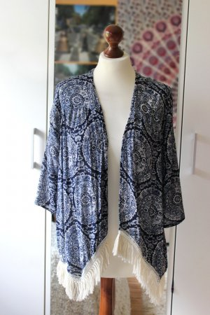 Gemusterter Hollister Kimono mit Fransen 36 38 S Boho Blogger