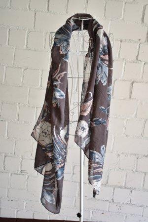 gemusterter leichter Schal
