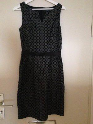 Gemustertes hallhuber Kleid in Größe 34