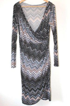 Gemustertes Kleid in Wickeloptik von Rinascimento Größe M = 38