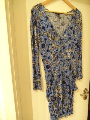 gemustertes Kleid mit Taschen