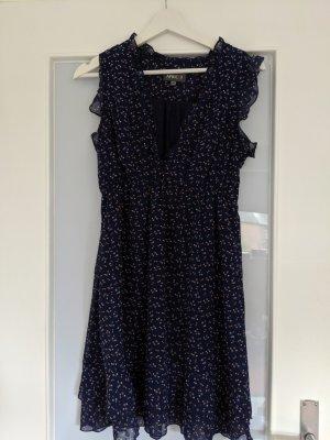 Gemustertes Kleid von Apricot