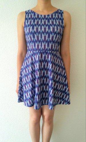 gemustertes leichtes Sommerkleid von H&M