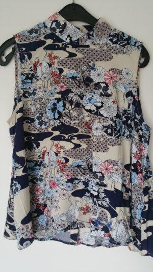 Gemustertes Shirt mit geknöpften Rücken von Vero Moda Größe M