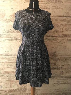 Gemustertes TopShop Kleid im Skater-Schnitt