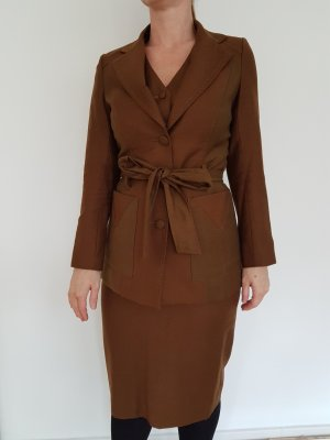 Tailleur bronze