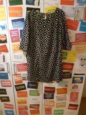 Geometrisch gemustertes Blusenkleid von Kimchi Blue by Urban Outfitters, L, 40