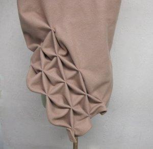 Geometrischer origami wollschal, Camel