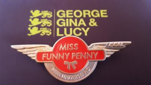 George Gina & Lucy Pin Anstecknadel Miss funny penny gold orange
