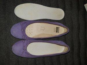 Geox Ballerine à bride arrière violet