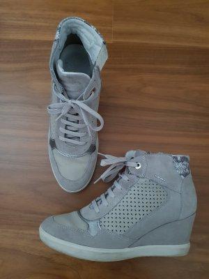 Geox Keilsneaker Leder grau Gr. 39 top Zustand