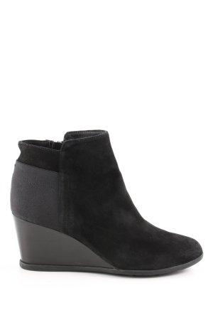 Geox Korte laarzen zwart zakelijke stijl