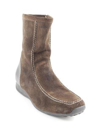 Geox Stivale a gamba corta marrone scuro stile casual